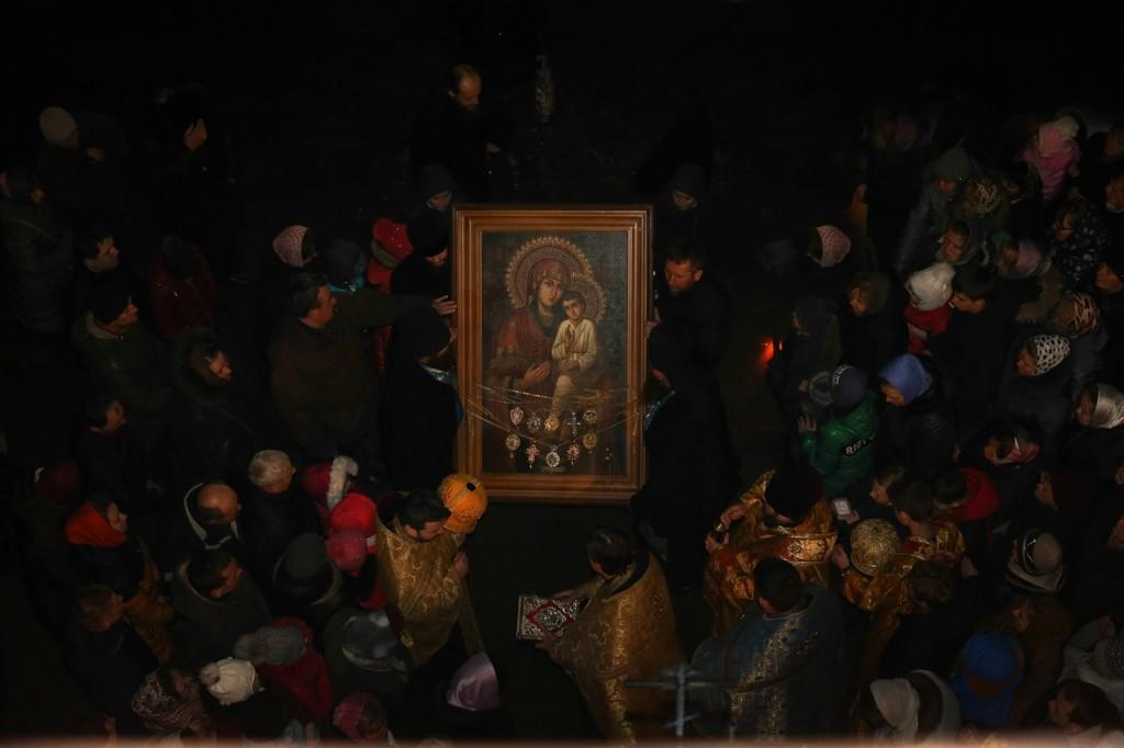 На Здолбунівщині зустріли Святогірську Богоматір